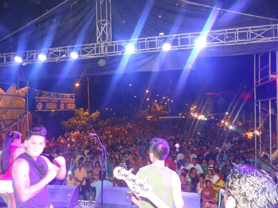 NocheVeneciana2015_19.jpg